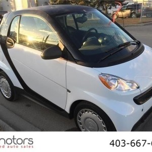 2013 FORTWO SMART CAR AUTOMATIC, LOW KMS auto gas low kms Sold!!!