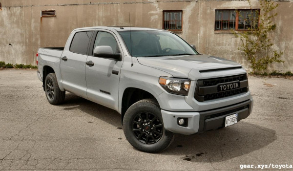 2017 Toyota Tundra Trd Pro fully loaded 27000km